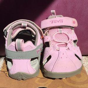 Teva Kids Dozer K in Pink Mist size 9